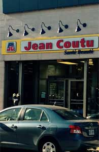Éclairage Col de cygne Jean Coutu